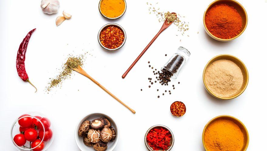 5 especias y condimentos para darle más sabor a tus comidas